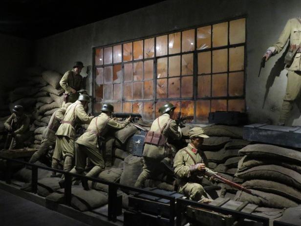 照片廿二 上海四行倉庫抗戰紀念館模擬實戰場景
